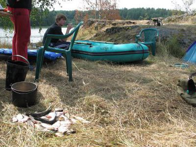 Подготовка к рыбалке.