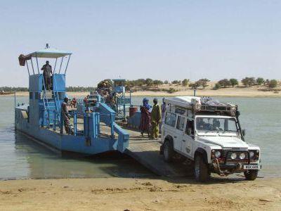 Паром через Нигер.