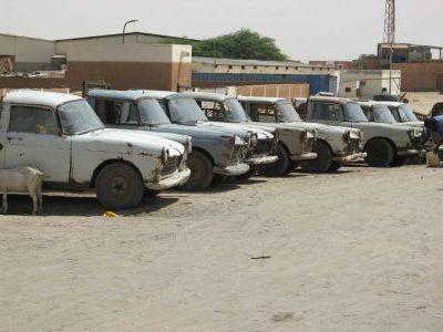 Рыбацкий рынок в Нуакшоте. Это рыбные такси.