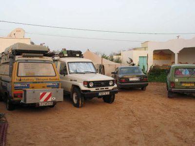 В кемпинге . Столица Мавритании город Нуакшот.
