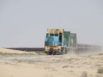 Встреча с самым длинным поездом - его длина 2,5км!