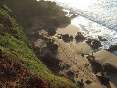 Песчаные пляжи в Марокко редки