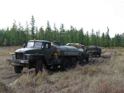 На север вдоль озера пробивались Уралы-наливники