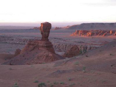 Страж северного створа урочища - каменный Сфинкс.