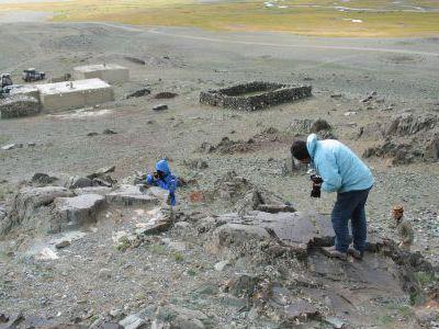В монгольских скальных писаницах тысячи рисунков