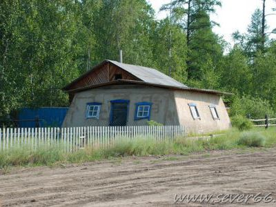 Эти домики в моде в якутских национальных сёлах